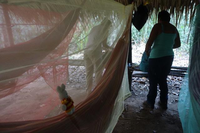 Ko Nientje met een jungle-overnachting in Brazilië