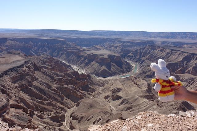 Ko Nientje bij de Fish River Canyon (Namibië)